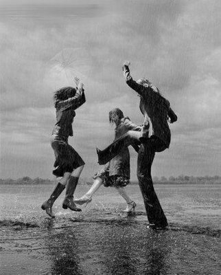 dancing_in_the_rain1